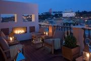 PORTRAIT SUITES / ROMA, ITALIA 14 suites súper exclusivas sobre la tienda de Ferragamo, que las ha decorado, en la Via Condotti. La terraza de la azotea tiene vistas escalofriantes, como el precio: 850 euros.