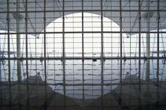 Un techo de 'tipis' (2) El DIA (Denver International Airport) se inauguró en 1995 y es actualmente el aeropuerto más grande de los Estados Unidos. En 2011 pasaron por sus instalaciones 52.699.298 pasajeros, muchos de ellos en tránsito hacia otros destinos.