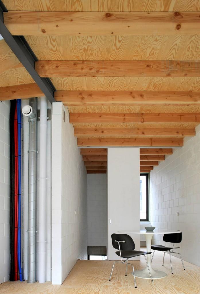 Gelukstraat-by-Dierendonck-Blancke-Architecten-10-697x1024