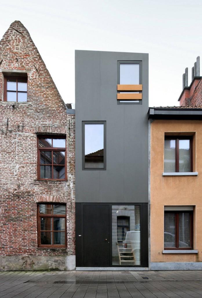 Gelukstraat-by-Dierendonck-Blancke-Architecten-697x1024