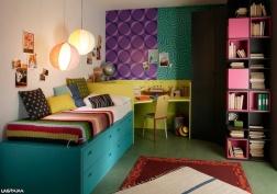 Muebles: Camas y escritorio para ahorrar espacio