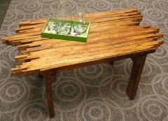Con maderas de palets puede hacer esta interesante mesa de centro