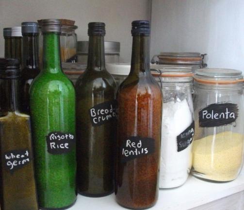 Como recipientes para guardar alimentos secos