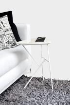 Mesitas para comer, estudiar o trabajar sin movernos del sillón
